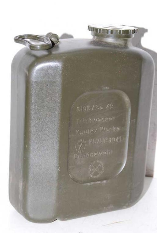 Favorit Militärbestände Schult   20l Trinkwasser Kanister Kunststoff NA36